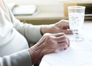 la importancia de la hidratación en los mayores,