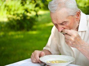 día de las personas mayores, recomendaciones nutricionales