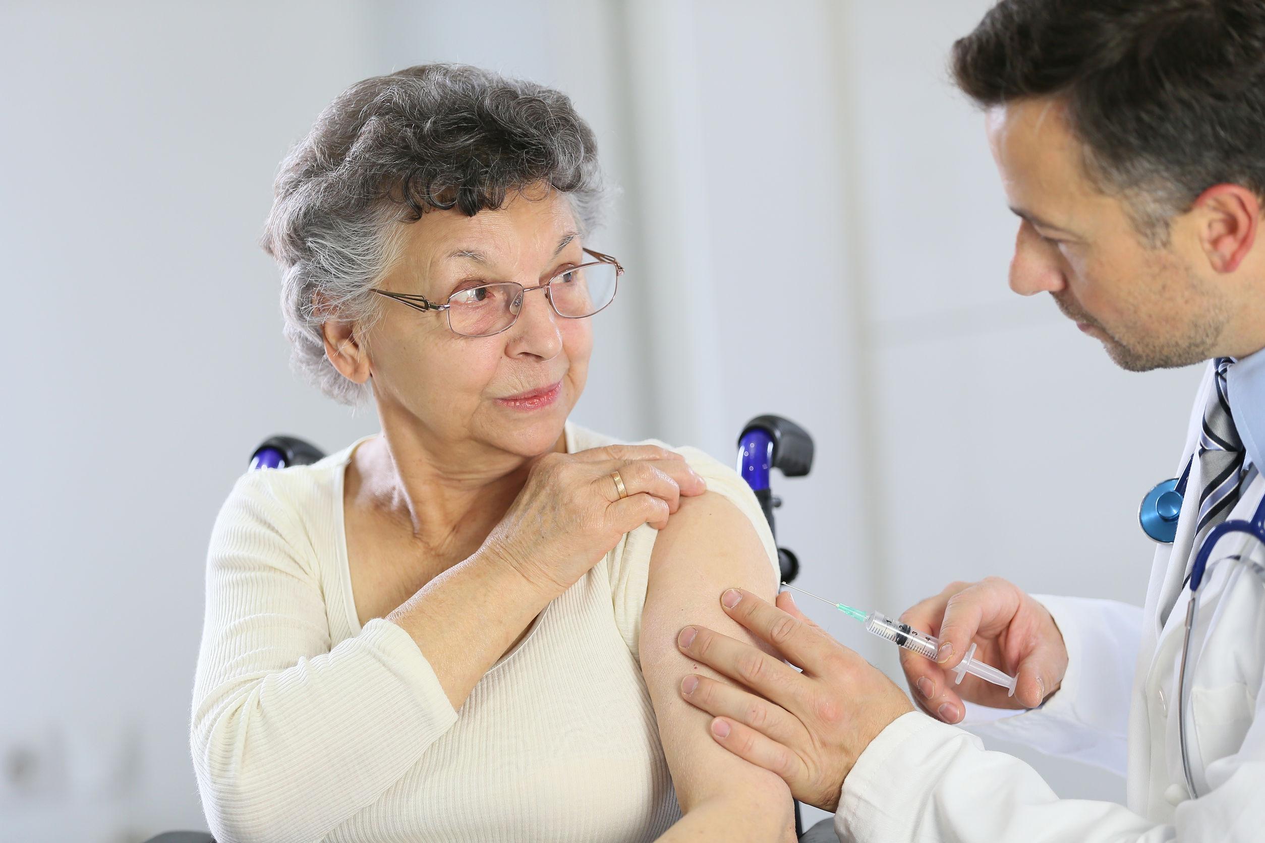 vacunas gripe, vacunas personas mayores, vacunas grupo de riesgo